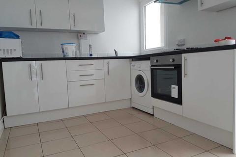 5 bedroom house to rent - Lincoln Street Leytonstone London UK E11 4PZ