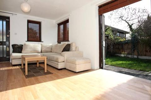 2 bedroom house to rent - Friars Mead, Manchester Road, Isle Of Dogs, London, E14