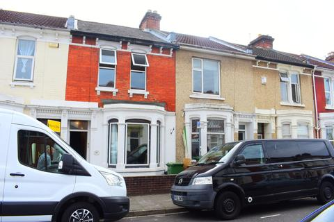5 bedroom terraced house to rent - Manners Road, Southsea