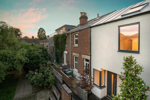 3 bedroom end of terrace house for sale - Dudley Gardens, East Oxford, OX4