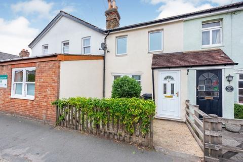 3 bedroom cottage to rent - Guildford Road, Frimley Green