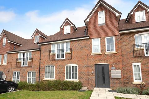 2 bedroom apartment for sale - Salfords, Redhill, RH1