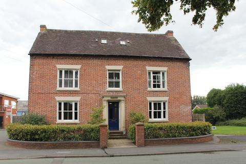 2 bedroom apartment to rent - Brewood Road, Coven