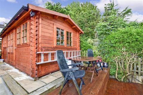 3 bedroom terraced house for sale - Courtwood Lane, Forestdale, Croydon, Surrey