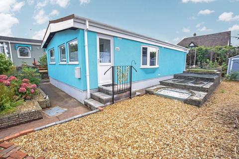 2 bedroom bungalow for sale - Marlborough Drive, Exeter