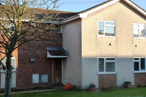 1 bedroom flat to rent - Princess Court, Beauchamps Drive, Wickford