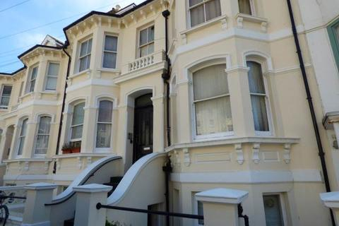 Studio to rent - Seafield Road, Hove, East Sussex