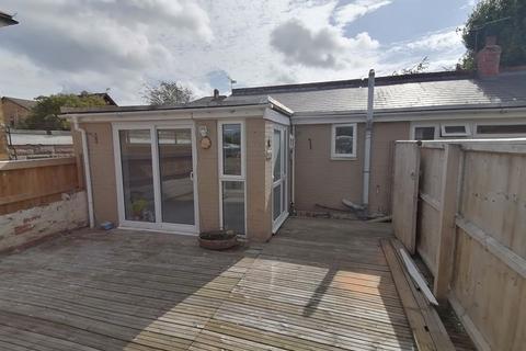 1 bedroom semi-detached bungalow to rent - High Street, Ryde