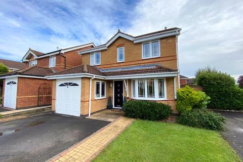 3 bedroom detached house for sale - Cambrian Close, Grantham