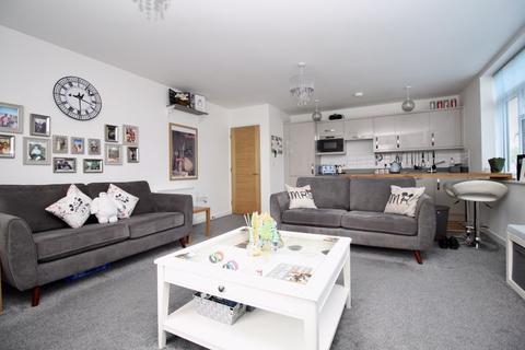 3 bedroom apartment - 46, Peartree Avenue, Southampton