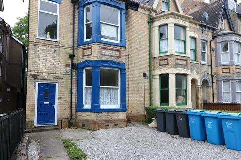 2 bedroom apartment to rent - Pearson Avenue, Hull