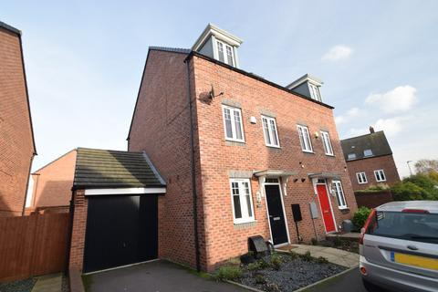 3 bedroom townhouse for sale - Kyngston Road, West Bromwich, B71