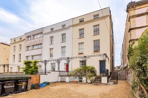 2 bedroom apartment - West Park, Clifton, BS8 2LX
