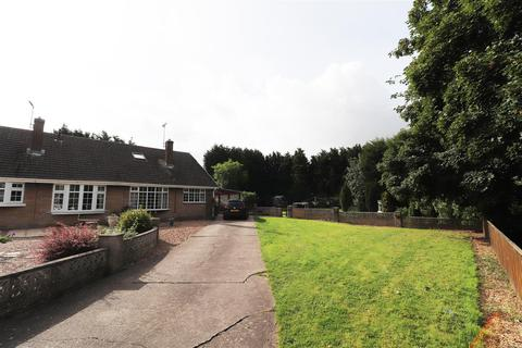 3 bedroom semi-detached bungalow for sale - Woodthorpe Close, Shuttlewood, Chesterfield
