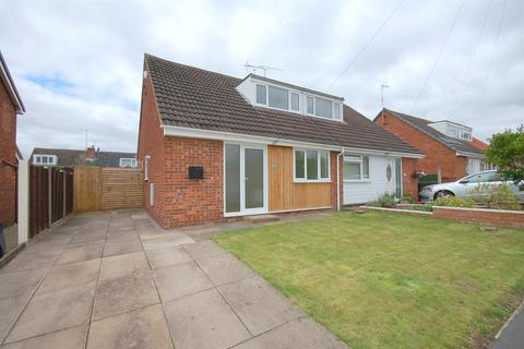 3 bedroom semi-detached bungalow for sale - Sharnbrook Drive, Crewe