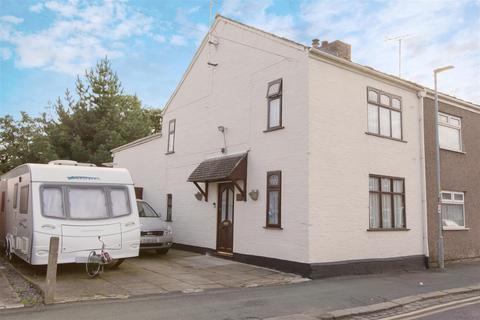 3 bedroom semi-detached house for sale - Alton Street, Crewe