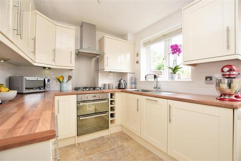 2 bedroom semi-detached house for sale - Limes Avenue, Horley, Surrey