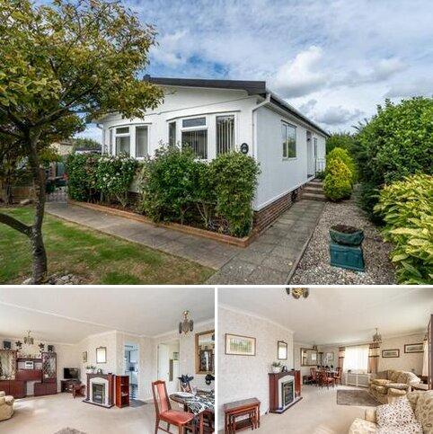 2 bedroom mobile home for sale - Oaktree Close, Nyetimber, Bognor Regis, West Sussex, PO21 3PW