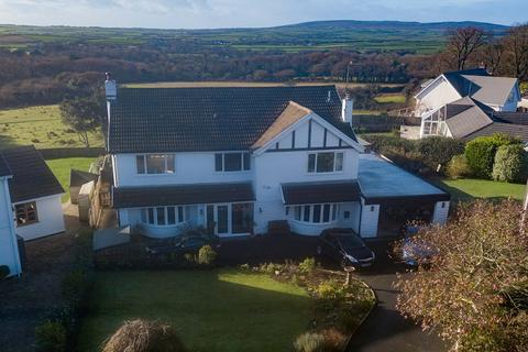 4 bedroom detached house for sale - 6 Brynview Close, Reynoldston, Gower, Swansea SA3 1AG