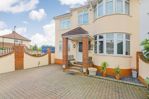 4 bedroom semi-detached house for sale - Winsford Road, Catford, SE6