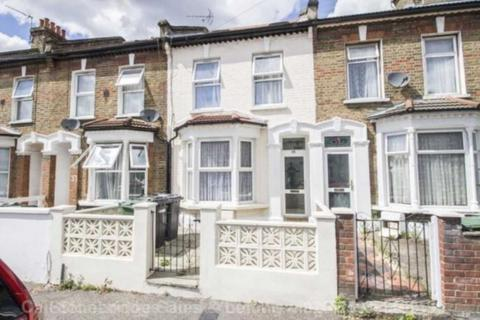 4 bedroom terraced house for sale - Etchingham Road, Stratford, E15