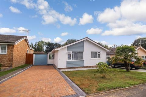 2 bedroom detached bungalow for sale - Gibson Road, CANFORD HEATH, POOLE, Dorset