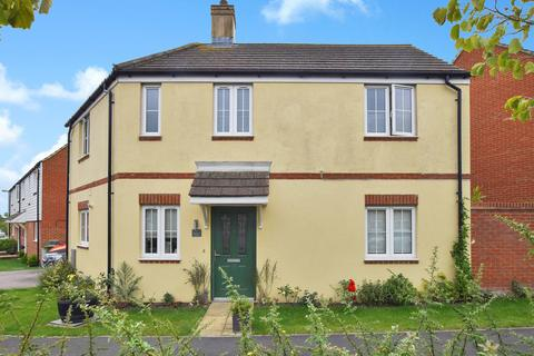 3 bedroom detached house for sale - Hadleigh Street, Ashford