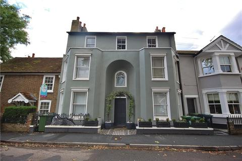 2 bedroom apartment for sale - French Street, Sunbury-On-Thames, Middlesex, TW16