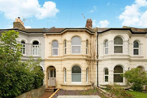 2 bedroom ground floor flat - GFF, South Farm Road, Worthing, BN14 7AP