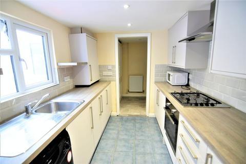 4 bedroom terraced house to rent - Surrey Street, Brighton