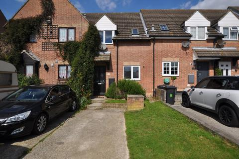 2 bedroom terraced house for sale - Mountbatten Way, Springfield, Chelmsford, CM1