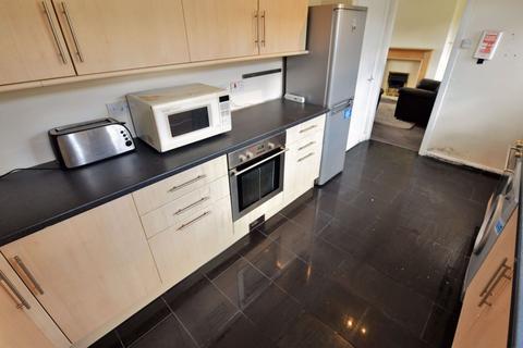 3 bedroom house to rent - Langdale Gardens, Leeds