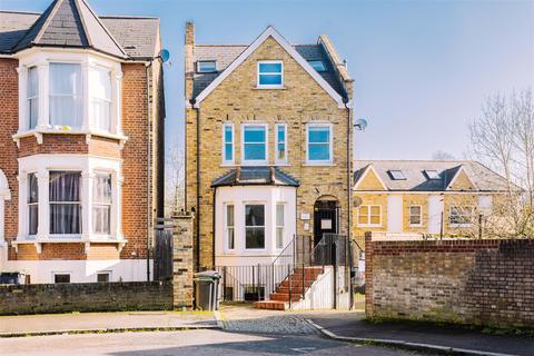 2 bedroom flat for sale - Beatrice Road, Stroud Green