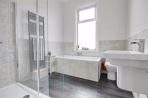 2 bedroom flat for sale - Candlish Street, South Shields, Tyne And Wear