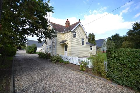 3 bedroom detached house for sale - Green Lane, Burnham-On-Crouch