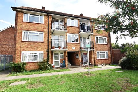 1 bedroom flat for sale - Florence Road, Feltham, Middlesex, TW13