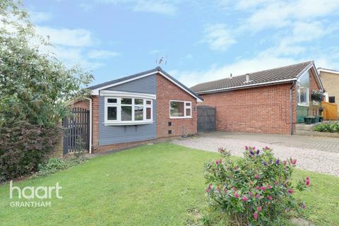 3 bedroom detached bungalow for sale - Durham Close, Grantham
