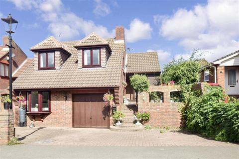4 bedroom detached house for sale - Laylam Close, Broadstairs, Kent
