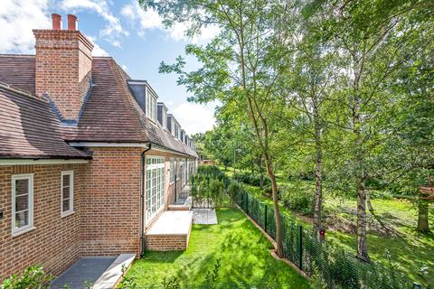 3 bedroom semi-detached house for sale - Bute Mews, Hampstead Garden Suburb
