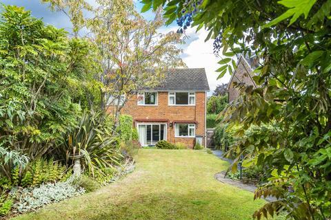 3 bedroom semi-detached house for sale - Furzefield Avenue, Speldhurst