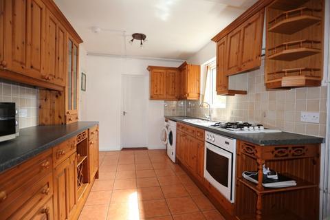 3 bedroom semi-detached house to rent - Horton Road, Brighton