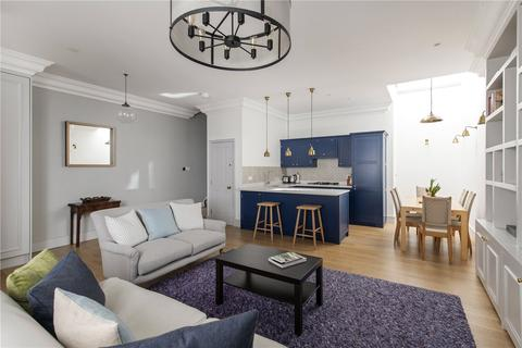 4 bedroom terraced house for sale - Westbourne Terrace Mews, Bayswater, W2