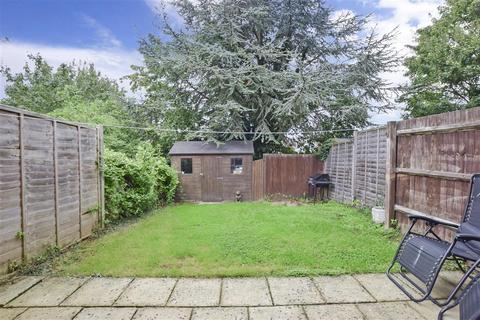 3 bedroom end of terrace house for sale - Stagshaw Close, Maidstone, Kent