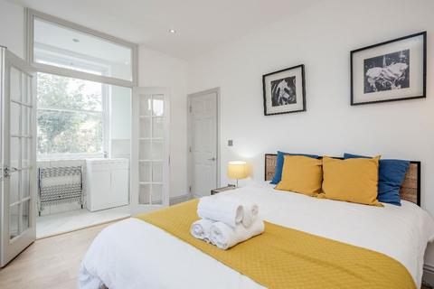 5 bedroom semi-detached house to rent - Marquis Road, London