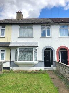 3 bedroom terraced house to rent - The Chase, Chadwell Heath , Essex RM6
