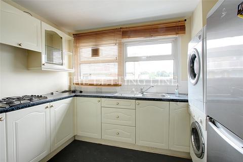 2 bedroom maisonette to rent - Dendridge Close, Enfield, Middlesex, EN1