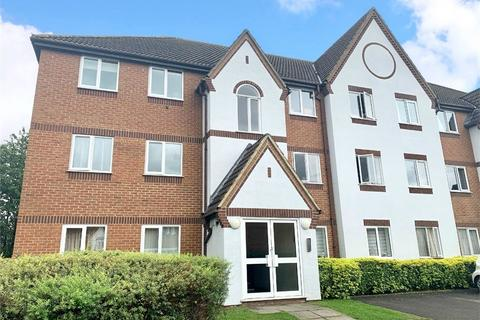 2 bedroom flat to rent - Littlebrook Avenue, Burnham, Berkshire