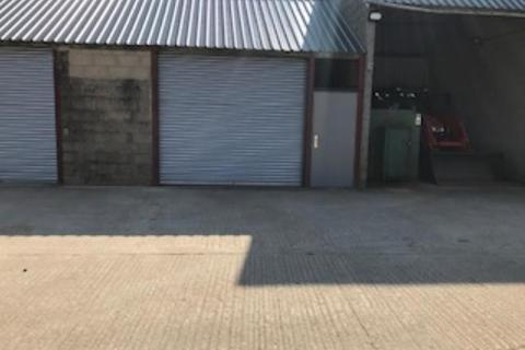 Industrial unit to rent - Between CIRENCESTER and FAIRFORD
