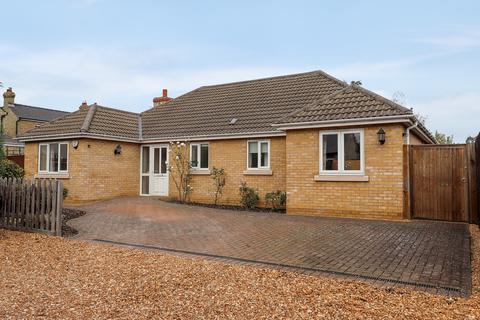 3 bedroom detached bungalow for sale - Lambs Lane, Cottenham
