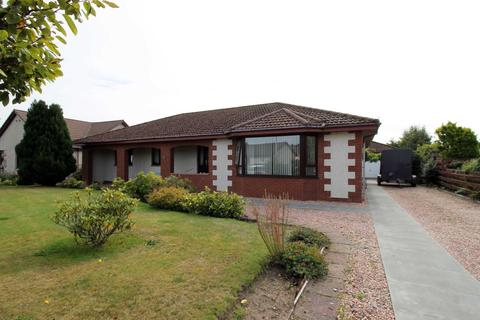 4 bedroom detached bungalow for sale - Riverpark, Nairn